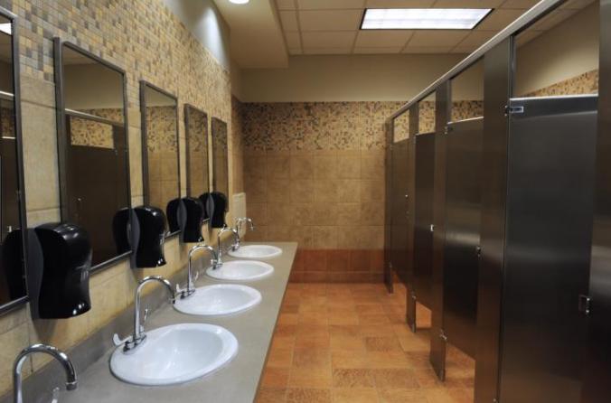 Vách ngăn phòng vệ sinh compact