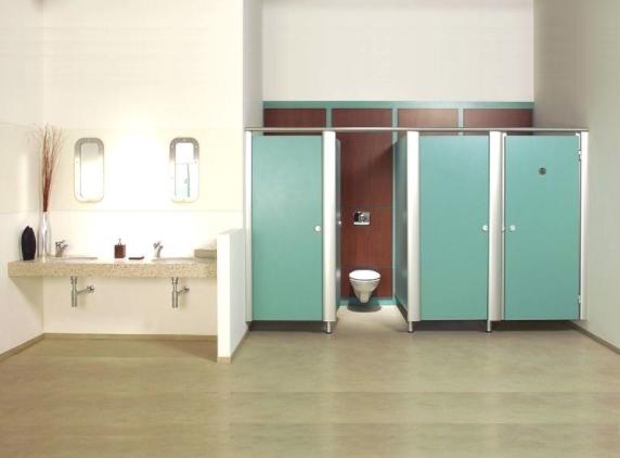 Vách ngăn vệ sinh composite màu xanh đẹp mắt người dùng